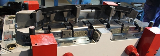 Plastic injection molds - Products AGMMA